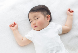 Dangers of crib bumpers for infants